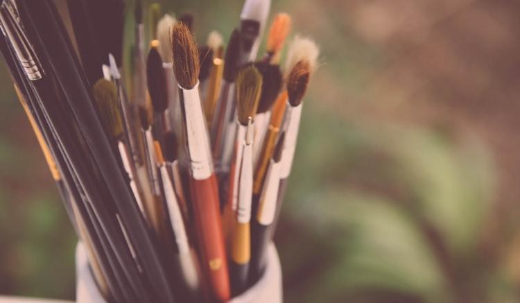 Il Tocco dell'Arte a Taggia: Mostra di Pittura di 60 Artisti per le Vie del Centro e Concerto del Duo Cecconi-Trimarchi