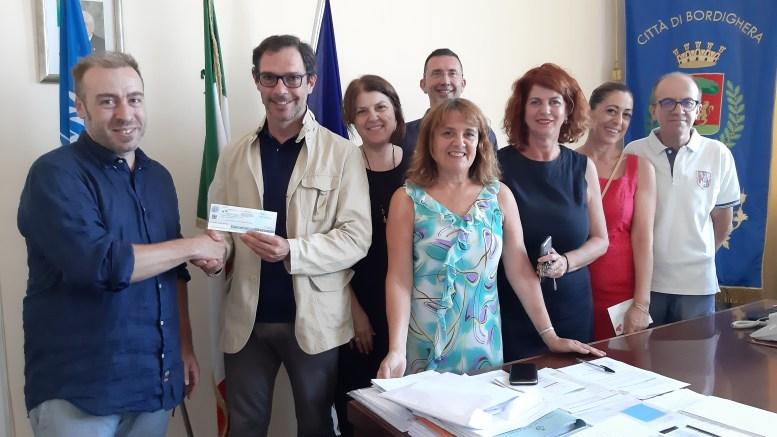 Sindaco e Assessori di Bordighera Donano 600 Euro ad una Realtà Culturale Cittadina (Provenienti dallo Stipendio).