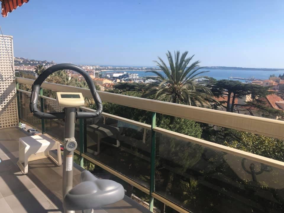 Coronavirus: Miranda Osmani Tetelli ci Racconta gli Ultimi Giorni del Lockdown a Cannes