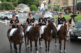 Cipriani team during the parade in the Casino Square @CelinaLafuenteDeLavotha