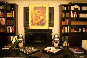 Gold Grace Kelly by Fabian Edelstam exposed at CREM @CelinaLafuenteDeLavotha