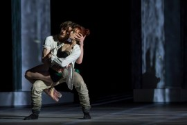 Vladislav Lantratov (Petruchio) and Ekaterina Krysanova (Katherina) in The Taming of the Shrew @Alice Blangero