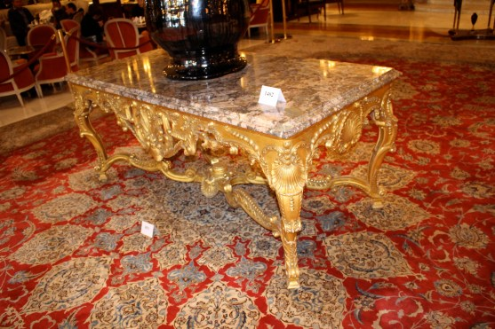 Pedestal table Louis XV style on display in the grand hall of the Hotel de Paris @CelinaLafuenteDeLavotha