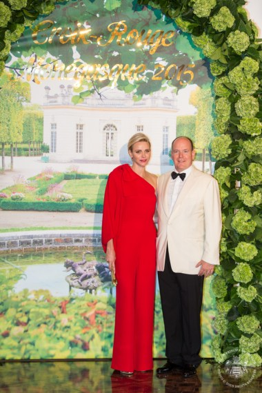 Princess Charlene and Prince Albert during the photocall outside the Salle des Etoiles @Eric MATHON, Palais Princier