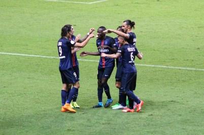 PSG celebrating Cavani's goals @CelinaLafuenteDeLavotha