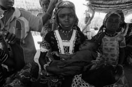 Aissha, 12, Niger 2015 @Nick Danziger