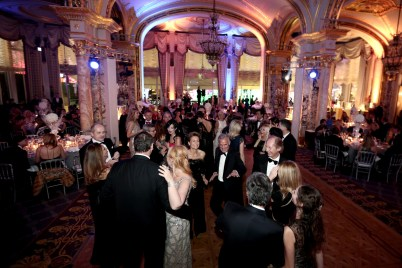 The dancing floor during the Christmas Ball @laurentcia