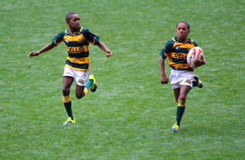 The Cape Town player running as fast as he can @CelinaLafuenteDeLavotha