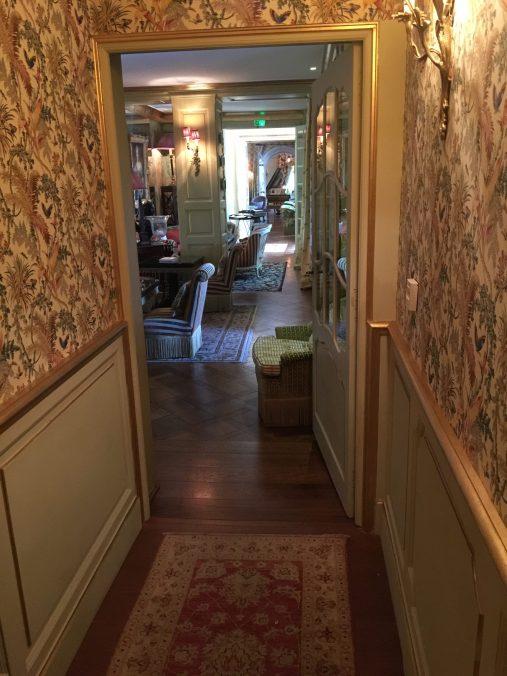 Follow me through the living room at Villa Gallici@CelinaLafuenteDeLavotha