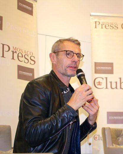 lambert-wilson-interviewed-by-members-of-the-monaco-press-club-at-hermitage-hotel-celinalafuentedelavotha