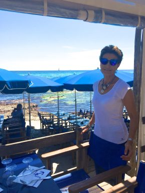 Blue shades, what else? @CelinaLafuentedeLavotha