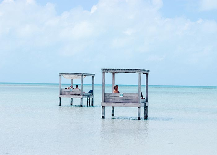 where to stay on ambergris caye