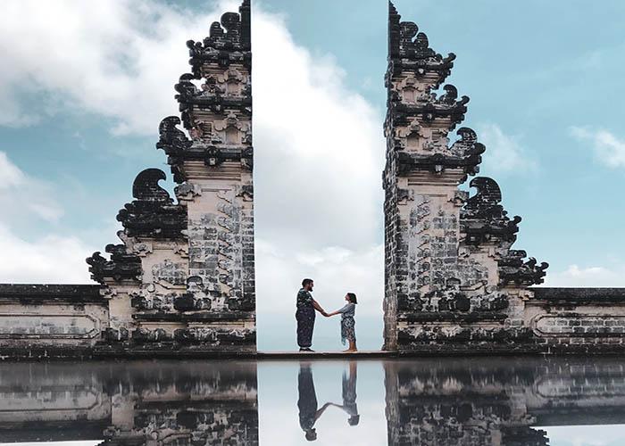 gates of heaven Lampuyang.jpg