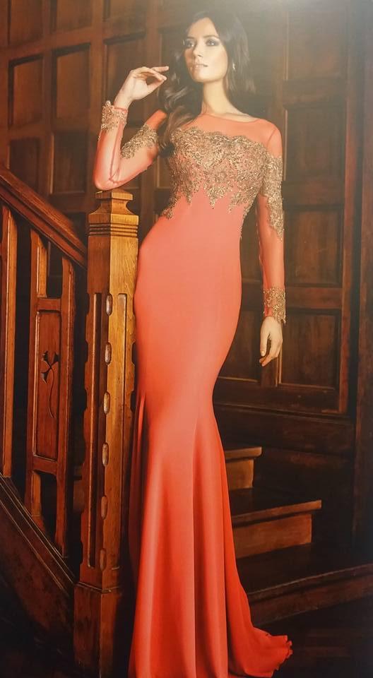 robe libanaise rose avec manches