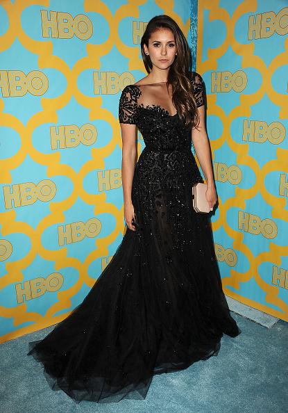 Nina Dobrev porte une robe du couturier libanais Zuhair Murad