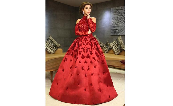 Comment reconnaitre une robe de qualité ? Robe tissu de qualité. Robe orientale haut de gamme.