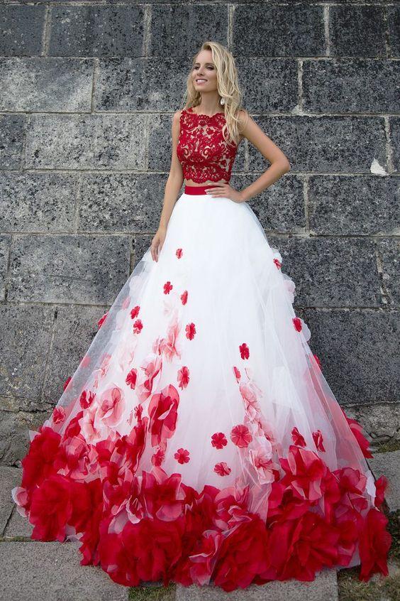 Magnifique robe de soirée Dubai et libanaise. Robe de soirée, gala, mariage pas cher de qualité sur Paris, lille, marseille, lyon. Robe volumineuse, ample. Robe rouge et blanche à broderie. Robe rose.