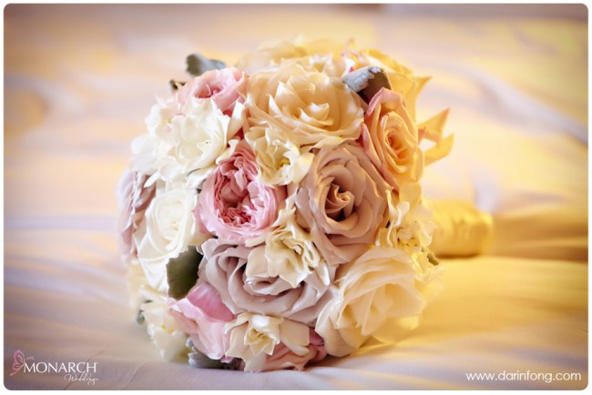 Soft-pink-white-rose-bridal-bouquet-la-valencia-hotel-wedding