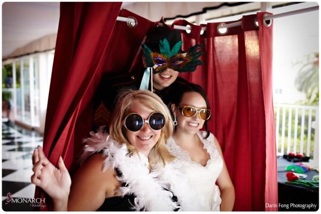 Blush-black-white-wedding-at-La-Valencia-Photo-booth