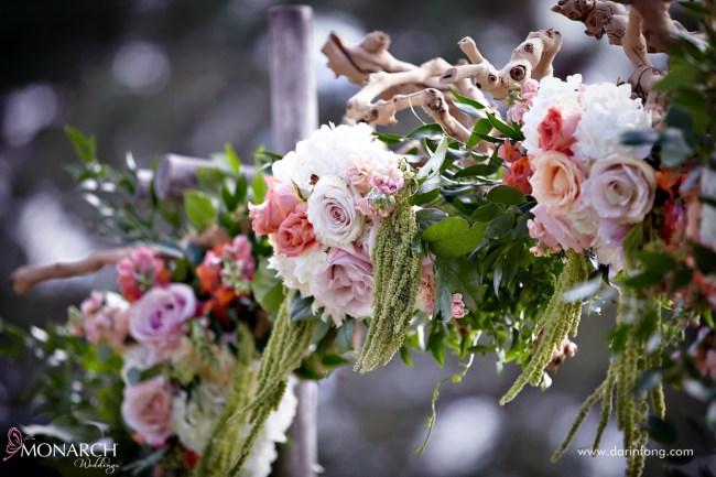 Lodge-at-Torrey-pines-wedding-rustic-arbor-drift-wood