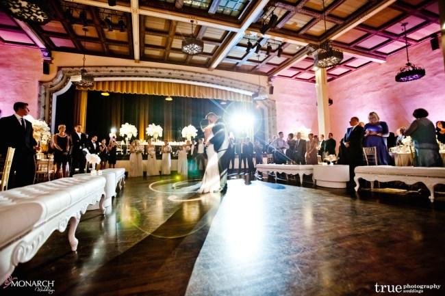 Prado-at-balboa-park-wedding-first-dance