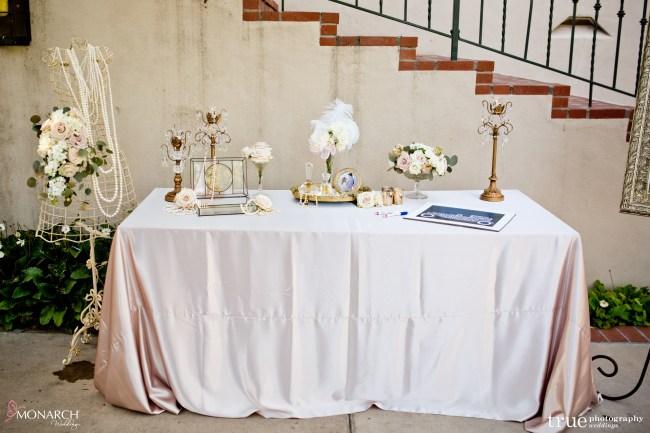 vintage-details-Great-gatsby-prado-balboa-park-wedding-san-diego-wedding-planner