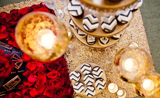 Gatsby-wedding-hey-there-cupcake-designer-wedding-cake-mini-cupcakes-us-grant-hotel-1