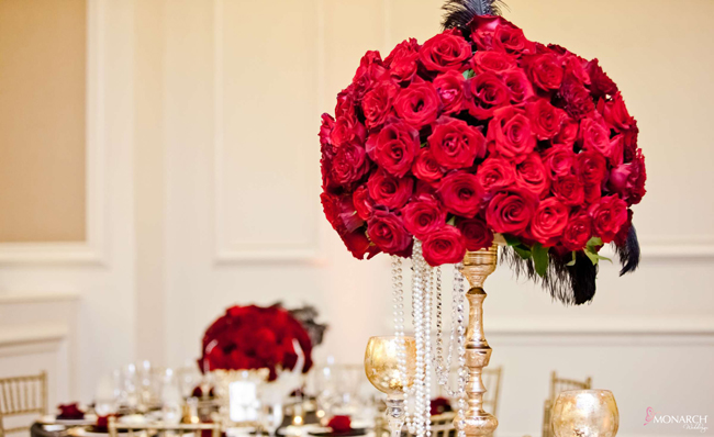 Gatsby-wedding-red-roses-black-feather-centerpiece-gold-accents-us-grant-hotel-2