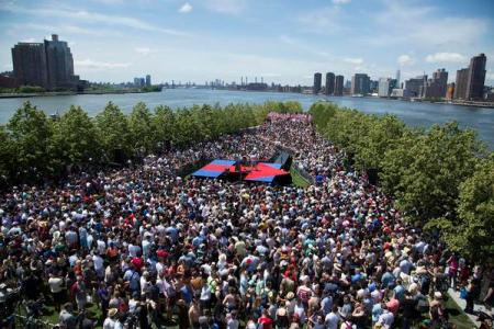 hillary-clinton-h-stage-roosevelt-island