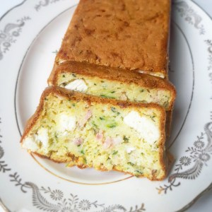 Recette maison et gratuite cake salé féta lardons courgette free #monblabladefille monblabladefille.com