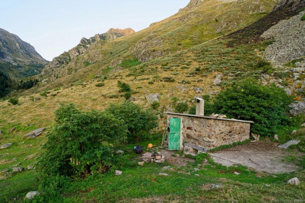 Cabane de Mourguillou sur le GR10