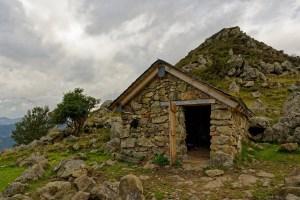 Cabane du Tuc (de Peyre Mensongère)