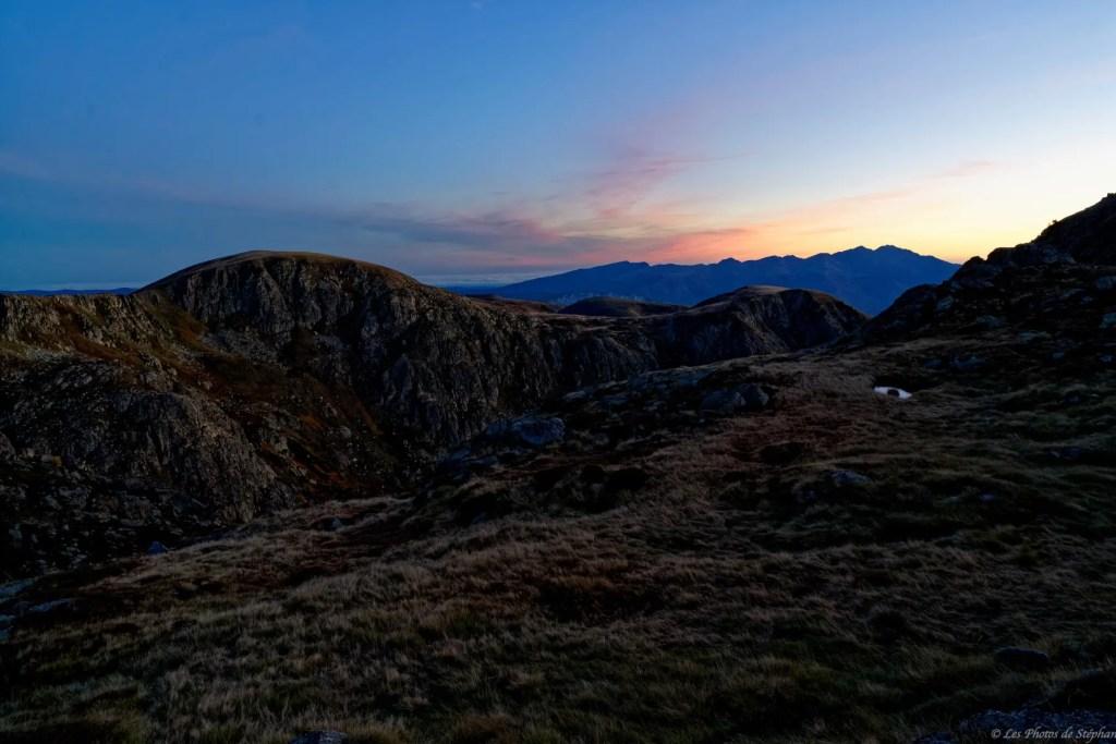 Lever de soleil sur le massif de Tabe