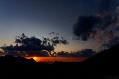 Coucher de soleil sur les 3000 Ariègeois depuis le pic de Malcaras
