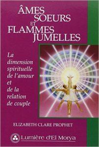 Les âmes jumelles livre : Un nouveau regard sur l'amour, le karma et la relation de couple. La quête de l'amour - et la recherche du partenaire parfait - est en réalité une quête de la totalité de l'être.