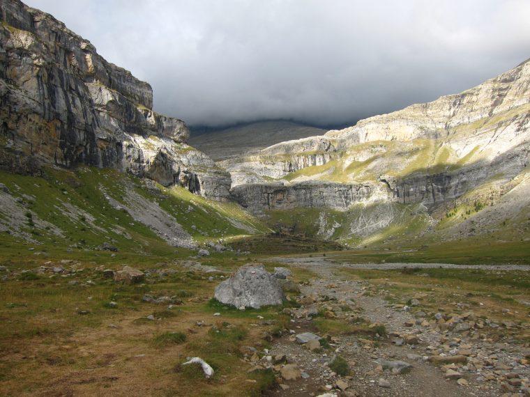 Randonner dans les Pyrénées Espagnoles au coeur du Cirque de Soaso
