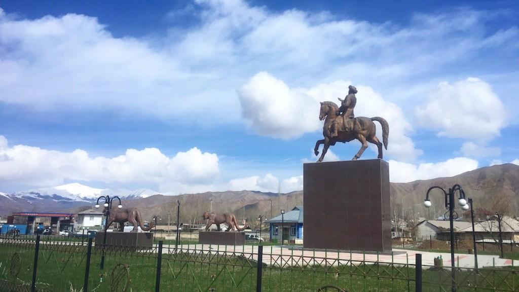 Statue of Alimbek Datka in Gulcho
