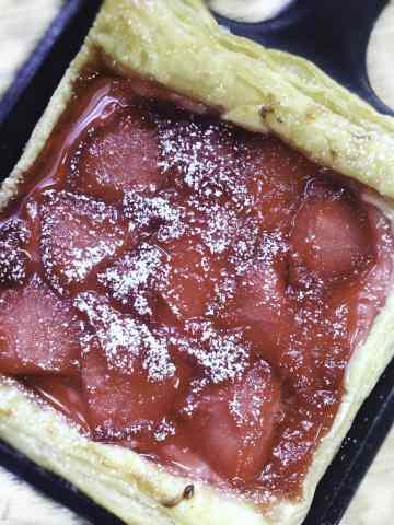 quick-strawberry-cream-cheese-danish