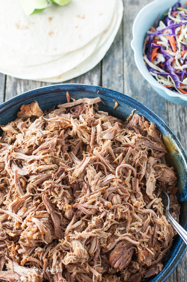crowd pleasing instant pot pulled pork with dry rub