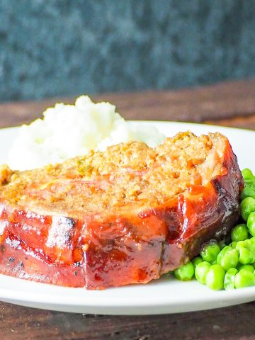 bacon bbq stuffed meatloaf 1