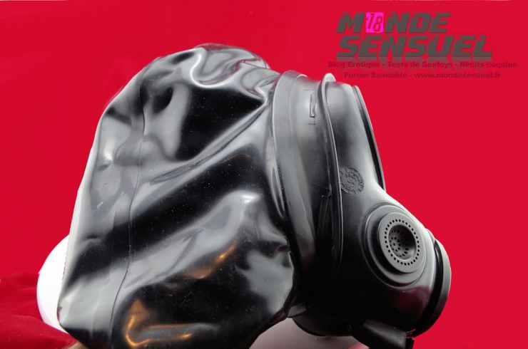 masque a gaz en latex