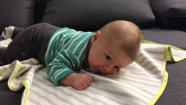 علاج المغص عند الرضع