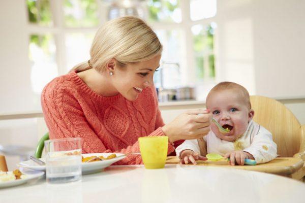 السلوك الطبيعي والتغذية السليمة للطفل