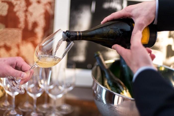 Bordeaux-Wine-En-Primeur-Day-1-28