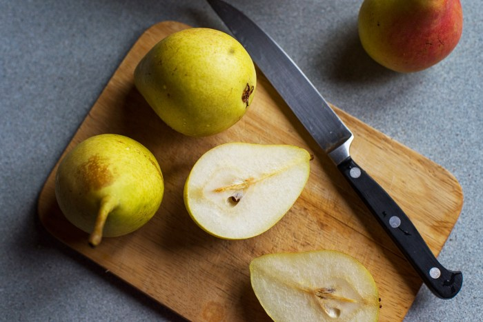 Pear-Almond-Financier-Cake-3