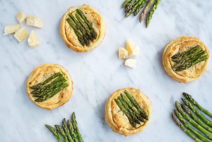 Asparagus-Almond-Grana-Padano-Cheese-Tarts-16