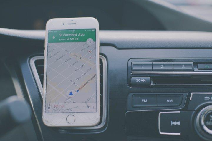 Google Maps, nuova funzione per segnalare autovelox