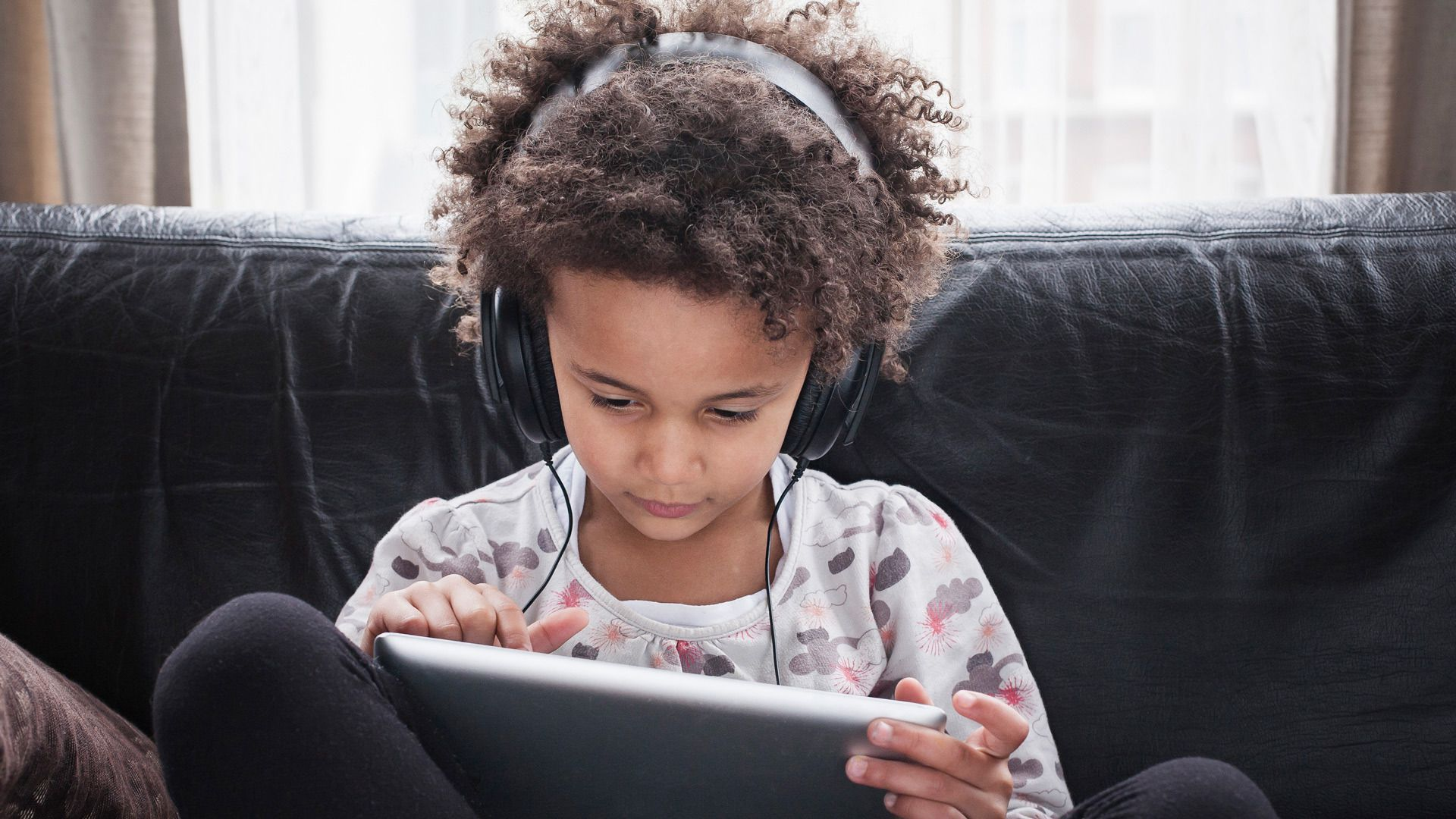 How to protect your kids' eyes and ears from too much screen time