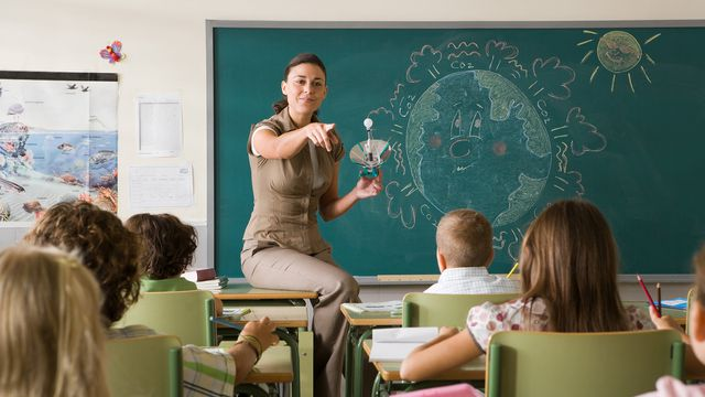 Parents and teachers want climate change taught in schools
