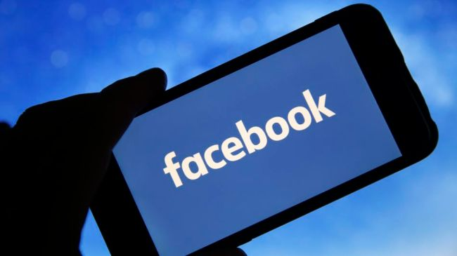 Facebook's contractors reportedly still required to work in offices amidst coronavirus concerns